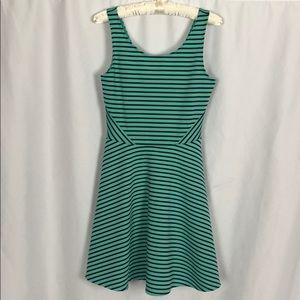 Decree Black & Green Striped Sundress Size Small